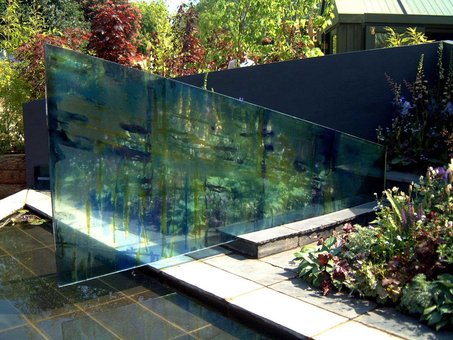 carole waller contemporary glass art panels for chelsea flower show