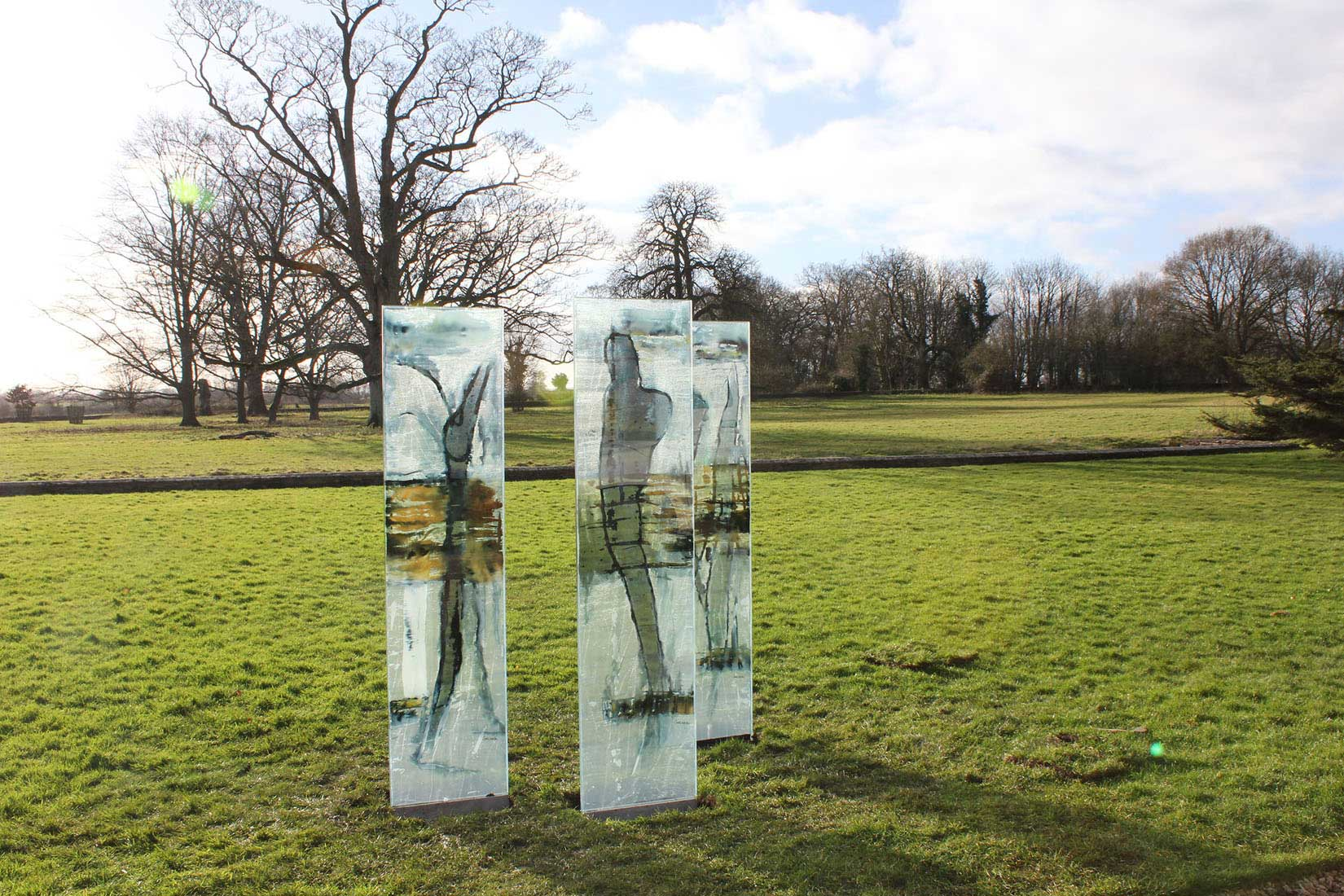 carole waller contemporary glass art at lacock abbey
